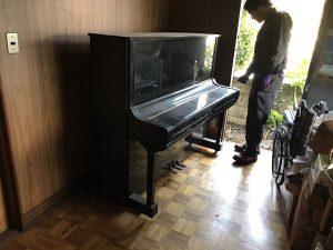 垂水区でYAMAHAのアップライトピアノを回収しました。